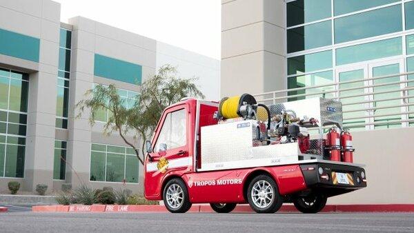 Panasonic иTropos Motors сделали электромобиль-холодильник ипожарную машину