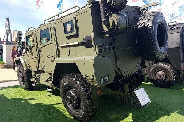 Новый российский бронеавтомобиль подорвали вовремя испытаний