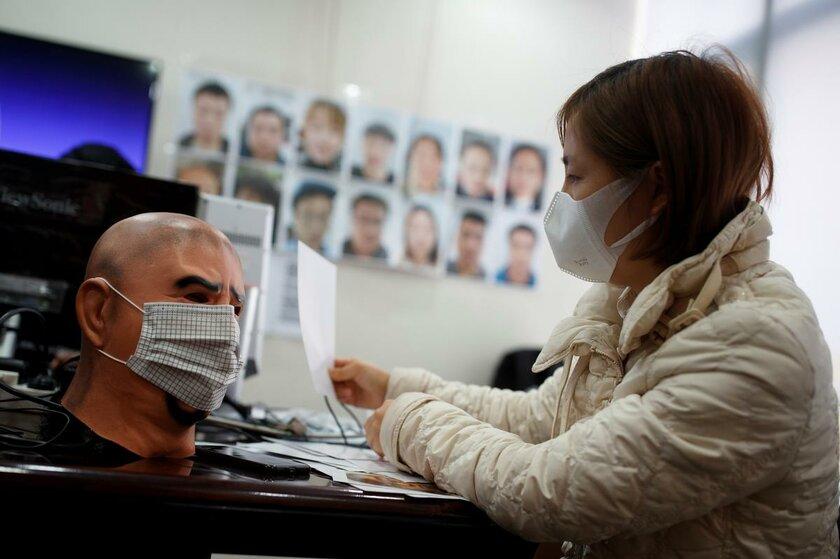 Камеры вКитае распознают лица, прикрытые медицинскими масками: как они это делают