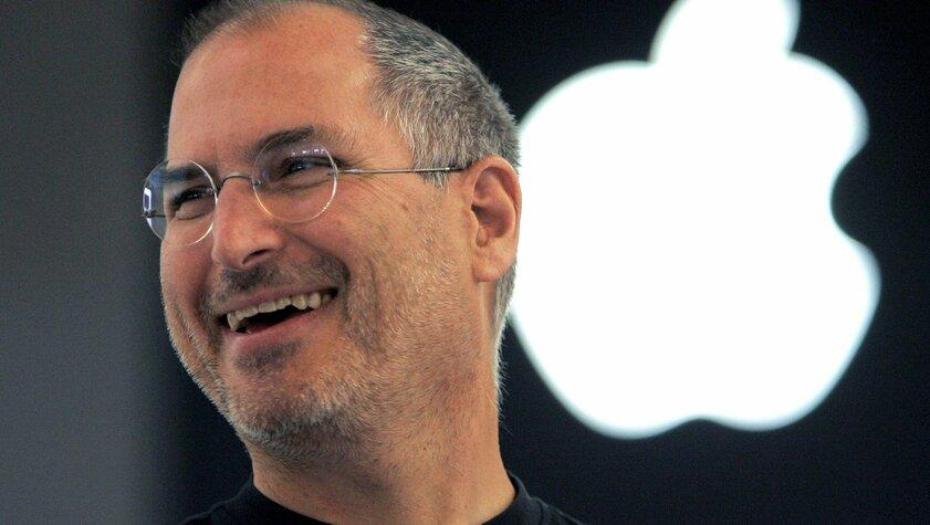 Джон Проссер: Apple выпустит умные очки вдизайне очков Стива Джобса