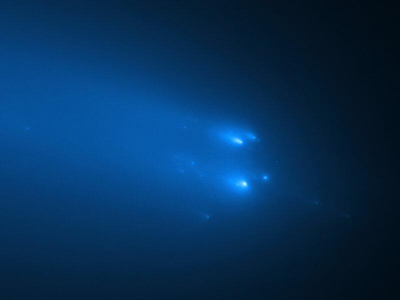 Солнечный зонд Solar Orbiter пролетит через яркую комету
