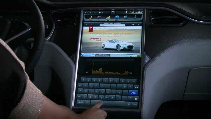 Дисплеи вTesla Model S перестают работать: начато расследование