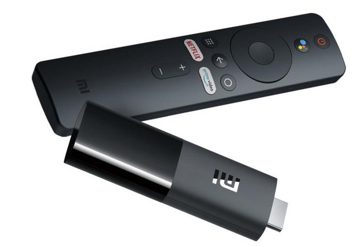 Xiaomi назвала стоимость ТВ-брелка Mi TV Stick иMi Smart Band 5 вРоссии