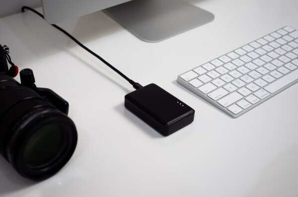 Представлен skyBOX— самый маленький беспроводной SSD на4 ТБ