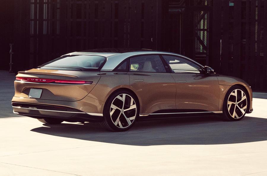 Лучше, чем Tesla: Lucid представил мощный электрический седан Air сзапасом хода более 800 км