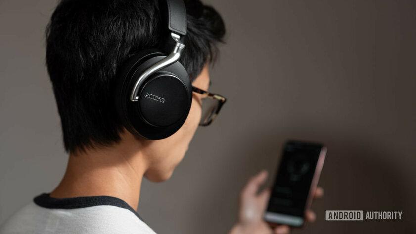 Насколько сильно Bluetooth разряжает смартфон: в фоне и при использовании беспроводных наушников