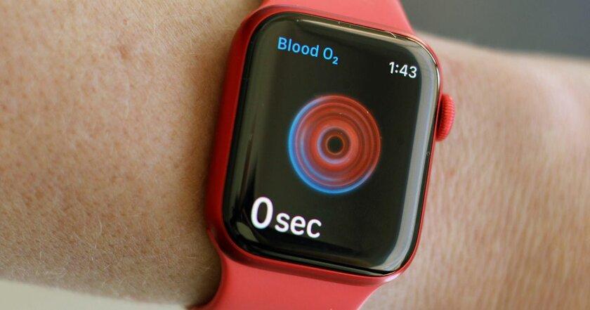 Россияне массово скупают новые Apple Watch— похоже, из-зафункции определения SpO2