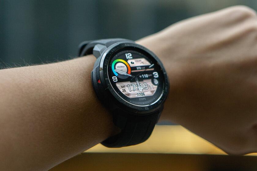 Обзор HONOR Watch GS Pro: датчик кислорода и25 дней автономности заполцены Apple Watch — Технические характеристики. 3