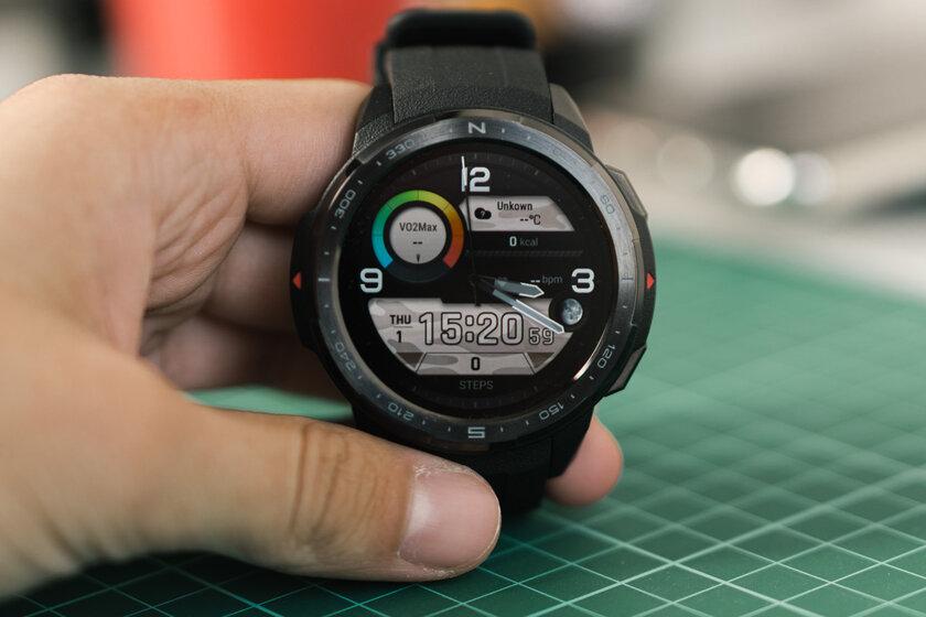 Обзор HONOR Watch GS Pro: датчик кислорода и25 дней автономности заполцены Apple Watch — Технические характеристики. 10