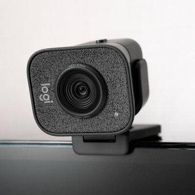 Протестировали веб-камеру Logitech StreamCam— профессиональные технологии длядома — Дизайн и эргономика. 4