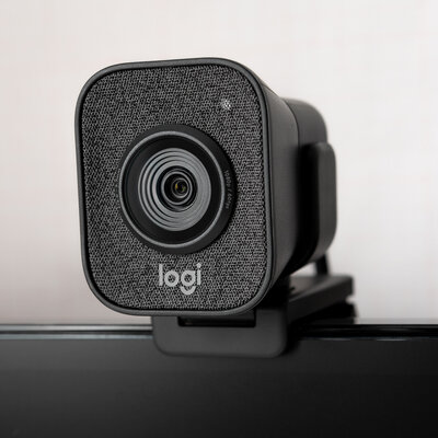 Протестировали веб-камеру Logitech StreamCam— профессиональные технологии длядома — Дизайн и эргономика. 5