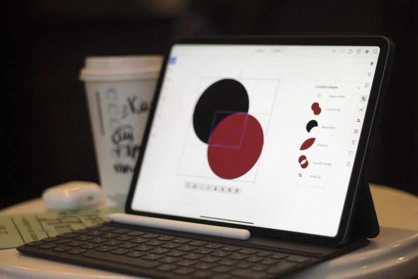 Illustrator наiPad: пора отказываться отПК смышкой? Разбор отдизайнера