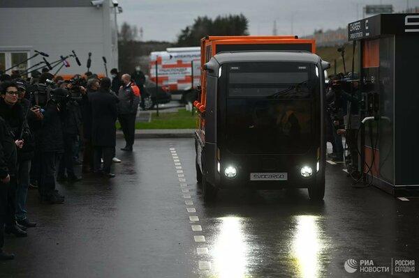 В Подмосковье протестировали российский беспилотный грузовик наводороде