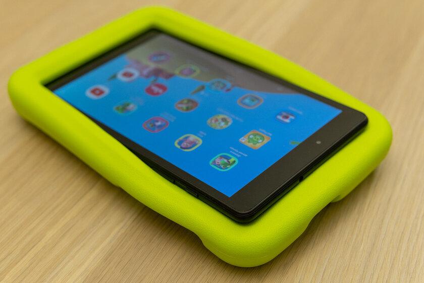 Недорогой, противоударный инадёжный. Тестируем детский планшет Galaxy TabA 8.0 Kids Edition — Распаковка и первый взгляд. 3