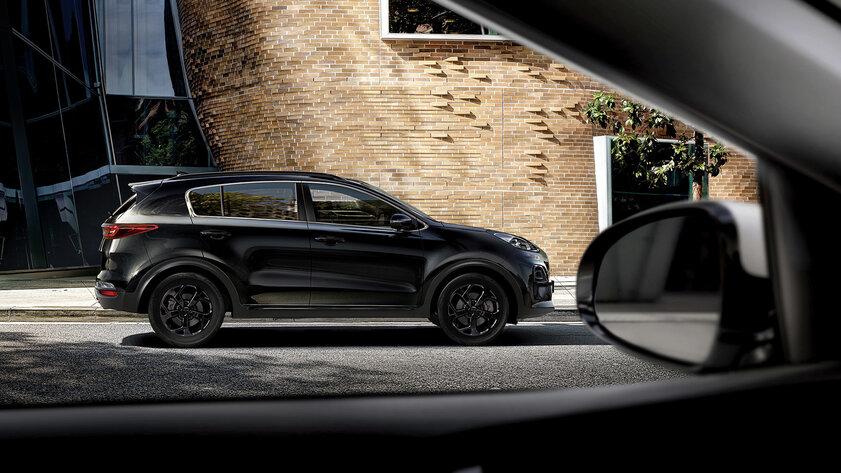Стильный кроссовер Kia Sportage Black Edition прибыл вРоссию: цена отдвух миллионов