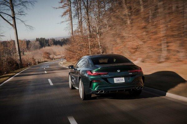 BMW анонсировала Alpina B8 Gran Coupe сновым элегантным дизайном истарым шильдиком