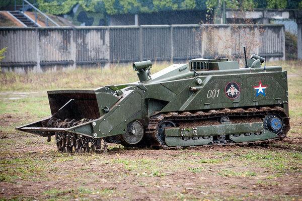 Россия намерена пополнить армию новыми роботами