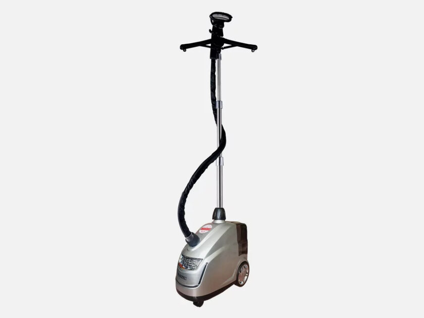 How to choose a garment steamer: the main nuances for a home gadget