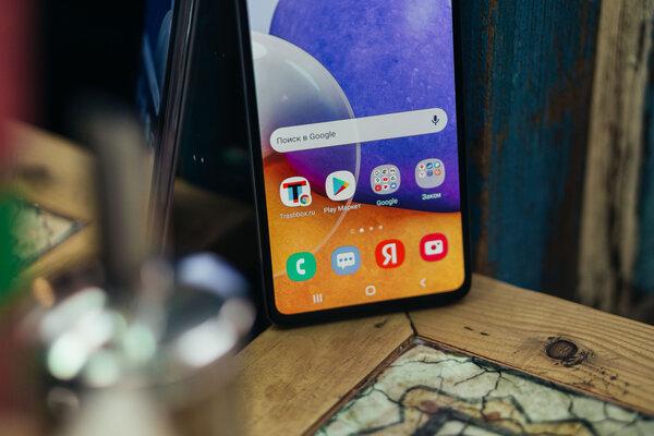Усовершенствованная версия одного излучших смартфонов Samsung: обзор GalaxyA72