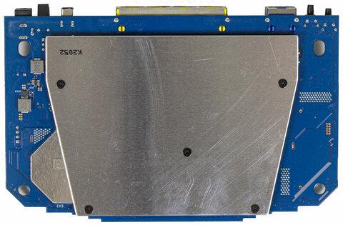 Дизайн космического корабля исоответствующая начинка. Обзор роутера ASUS RT-AX82U — Начинка. 5