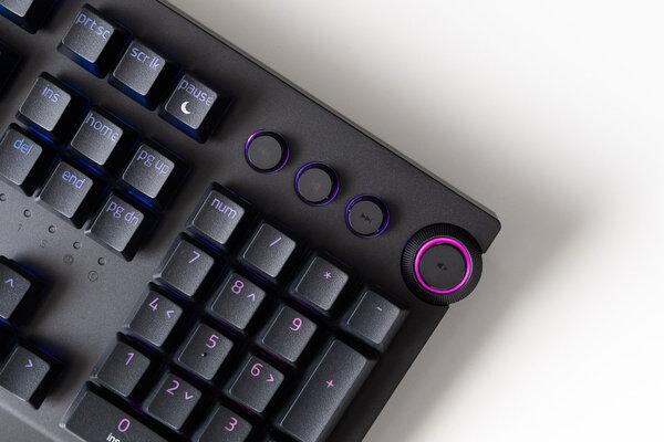 Гейминг может быть беспроводным: обзор клавиатуры Razer BlackWidow V3 Pro — Переключатели и производительность. 5