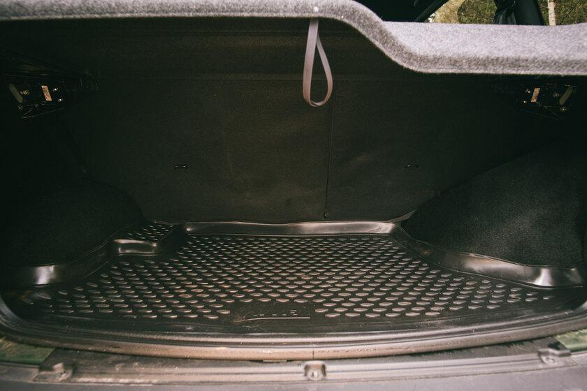 Новая снаружи, классика внутри. Тест-драйв Lada Niva Travel