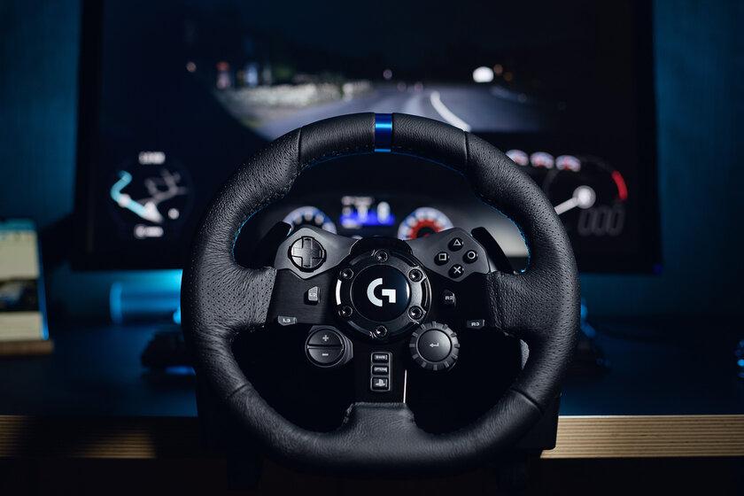 Обзавёлся рулём спедалями, инеделю невыходил издома. Обзор комплекта Logitech G923 — Знакомство. 3