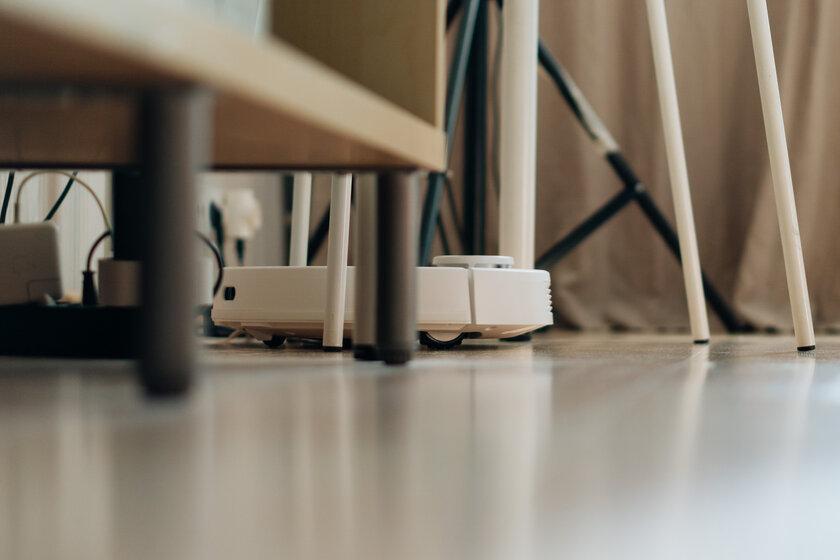 Обзор робота-пылесоса свлажной уборкой Viomi SE. Решение длятех, кому лень убираться — Белый робот впишется в любую квартиру. 5