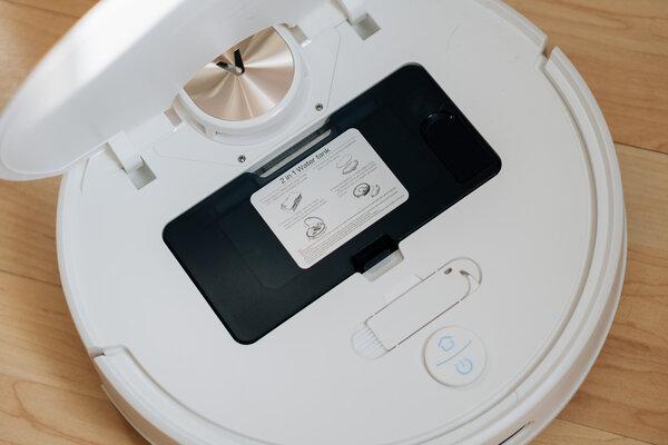 Обзор робота-пылесоса свлажной уборкой Viomi SE. Решение длятех, кому лень убираться — Если надо, можно и помыть полы. 1