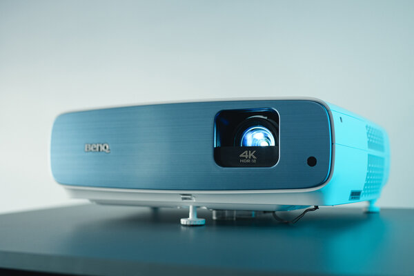 FIFA World Cup in your living room: BenQ unveils the TK850i projector