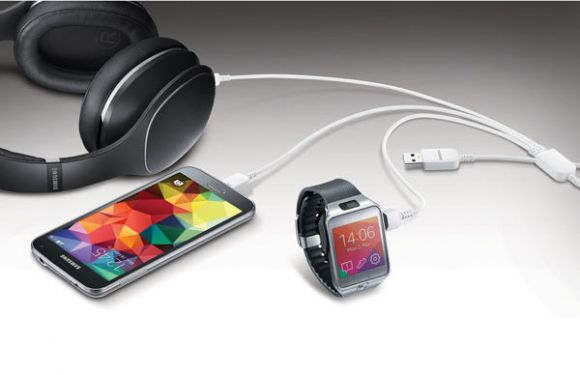 Samsung разработала USB-кабель для зарядки одновременно трех мобильных устройств