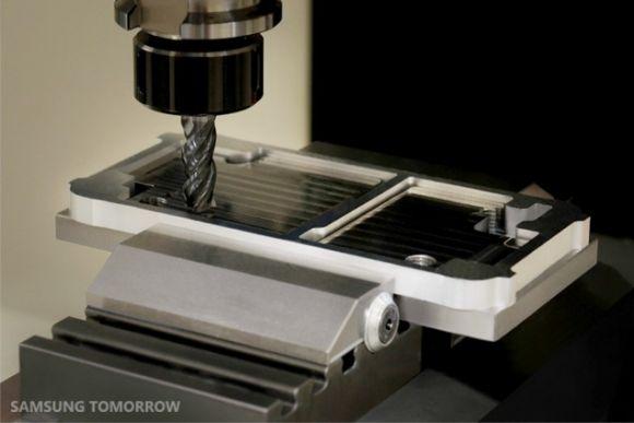 Как производится корпус нового смартфона Samsung GALAXY Alpha