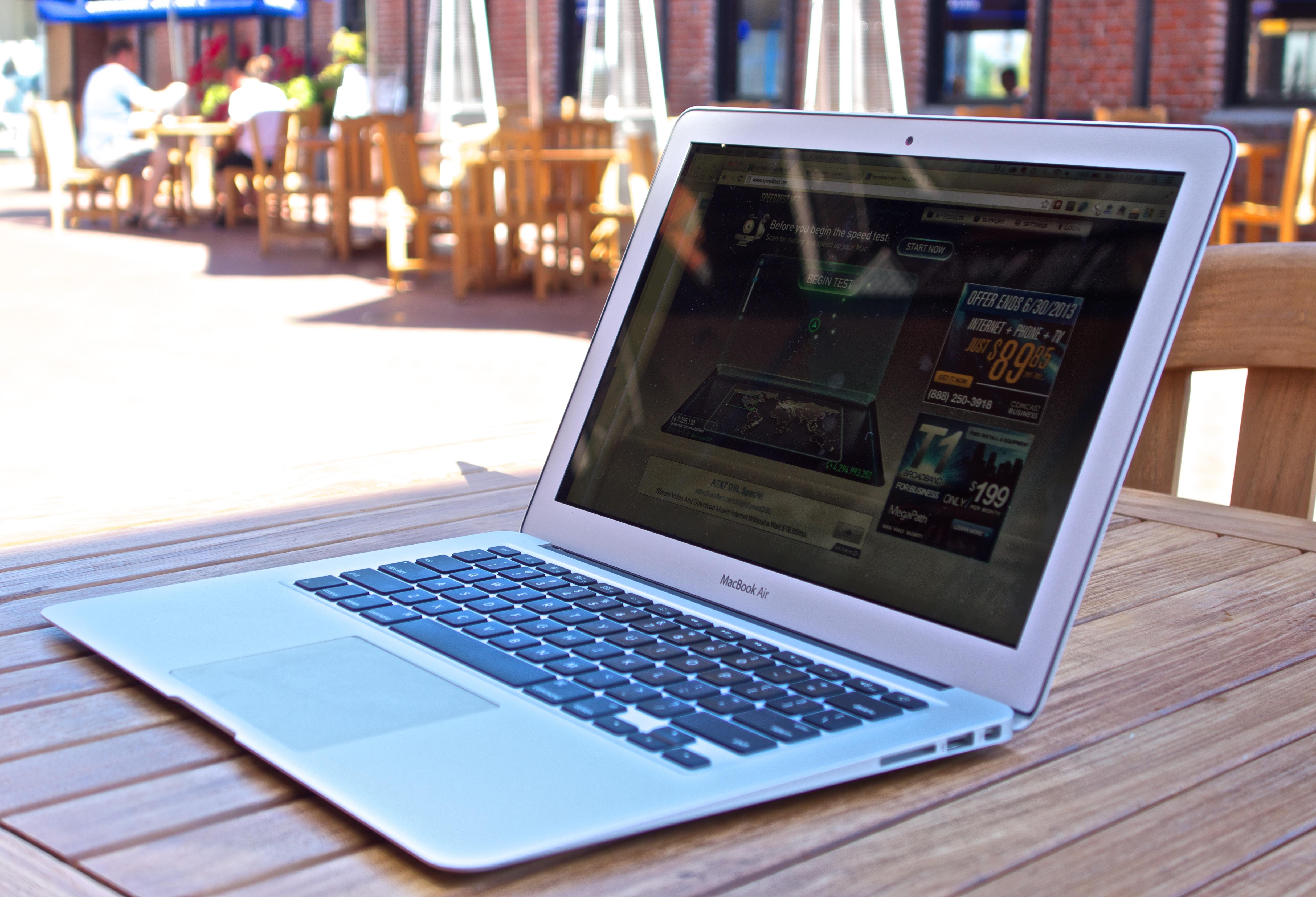MacBook  Macs
