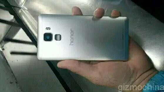 Новые Honor 7 и Honor 7 Plus от Huawei впервые засветились на фото