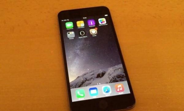 iOS 8.4 уже взломана джейлбрейком