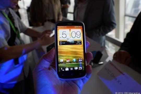 HTC показала смартфон HTC One VX