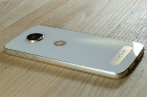Обзор Moto Z Play — Внешний вид