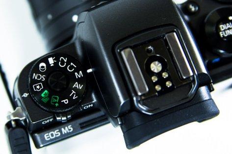 Обзор Canon EOS M5 Kit — Внешний вид. 9