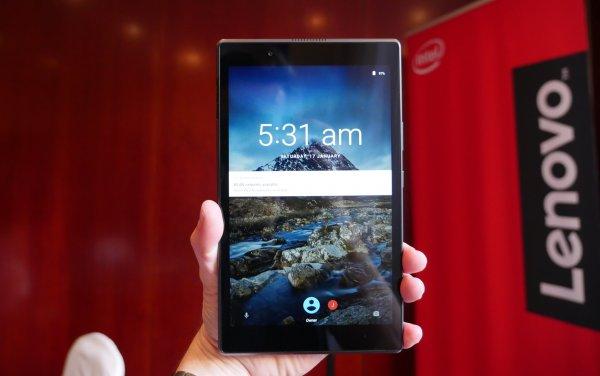 Lenovo представила планшеты Tab4 длявсей семьи