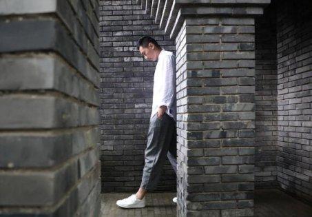 Xiaomi выпустила кожаные кеды за
