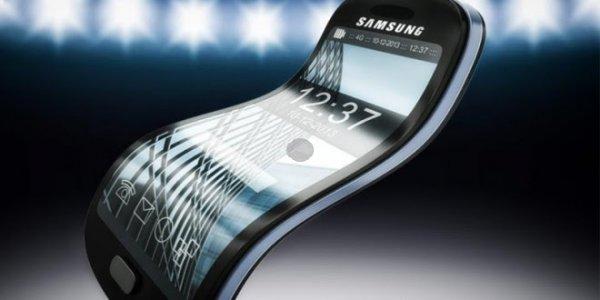 Samsung подтвердил планы повыпуску сгибаемого смартфона иумной колонки