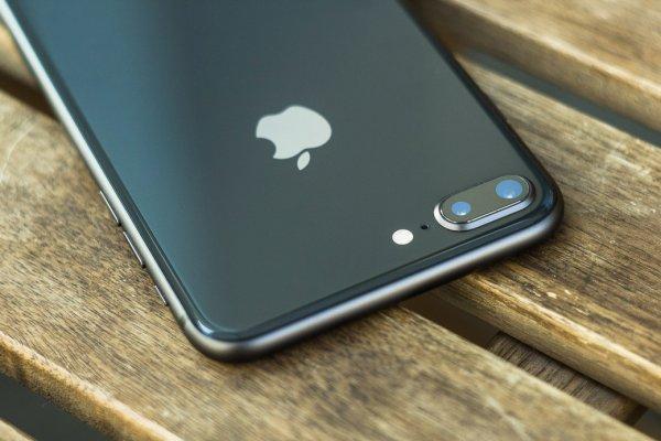 Российская таможня задержала партию нелегальных iPhone 8