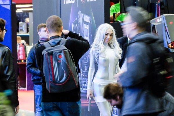 Выбираем лучшую девушку Comic Con иИгроМир 2017