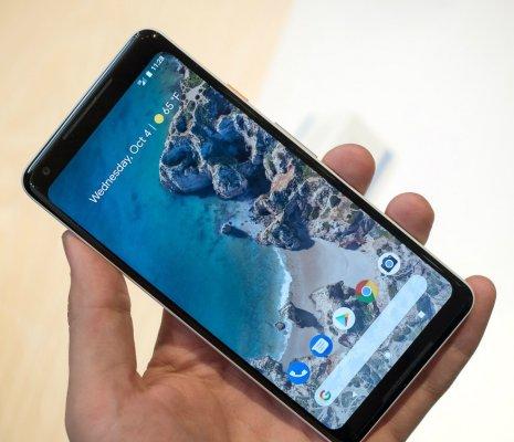 Экран Pixel 2 XL страдает множеством дефектов