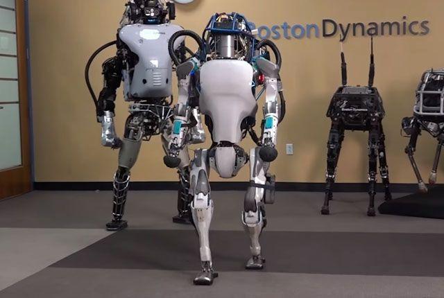 Boston Dynamics обучили робота делать сальто-мортале