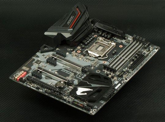 Обзор платы GIGABYTE Z370 AORUS Ultra Gaming