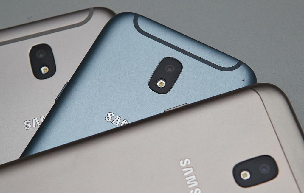 Galaxy J2: первые изображения ихарактеристики смартфона