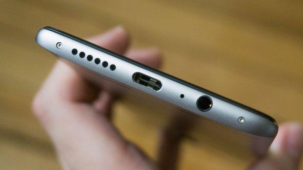 Samsung оставит разъём 3,5 мм вGalaxy S9