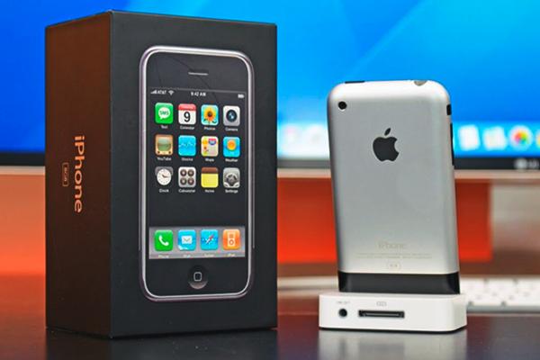 История развития iPhone