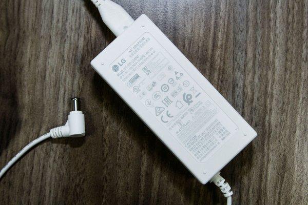 Обзор LG PJ9: играет илевитирует — Аккумулятор и питание . 2